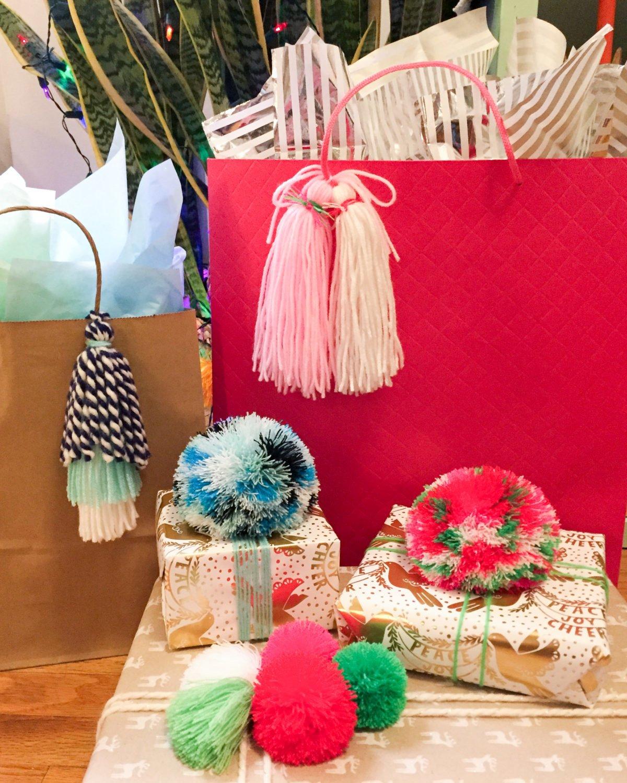 Pom Pom Gift Bag Novelty Bag Pom Poms Fun Birthday Present Gift Bag Party