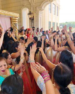 Kruti_Parikh_Milan_Thakkar_Wedding_Baraat_01