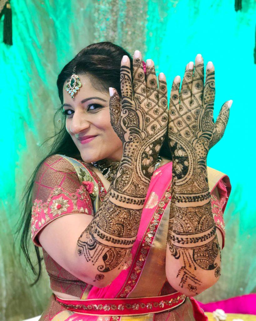 Kruti_Parikh_Milan_Thakkar_Wedding_Mendhi_04