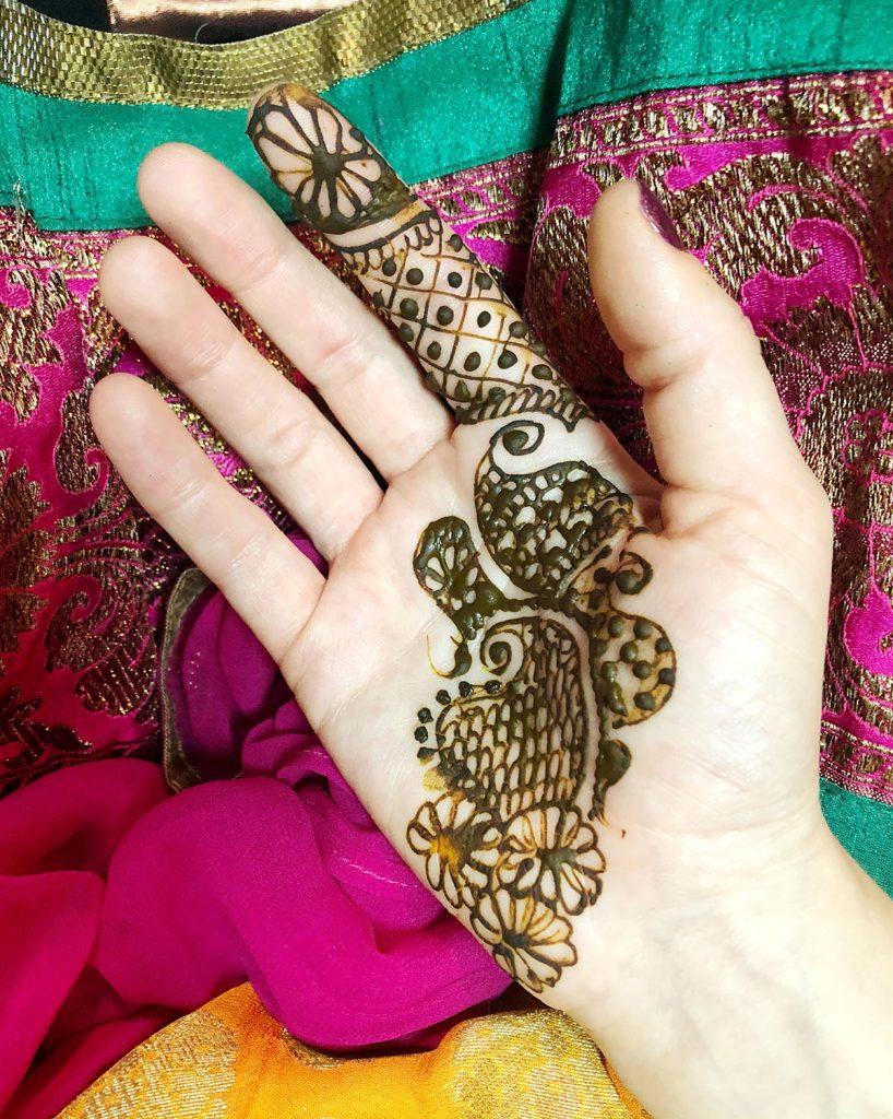 Kruti_Parikh_Milan_Thakkar_Wedding_Mendhi_07