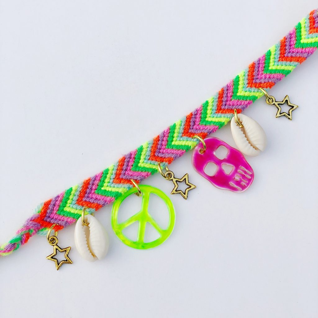 5 Easy Ways to Embellish Friendship Bracelets | the neon ...