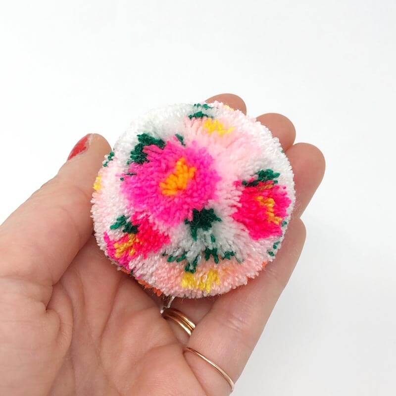 How to Make Floral Pom Poms Loome Tool