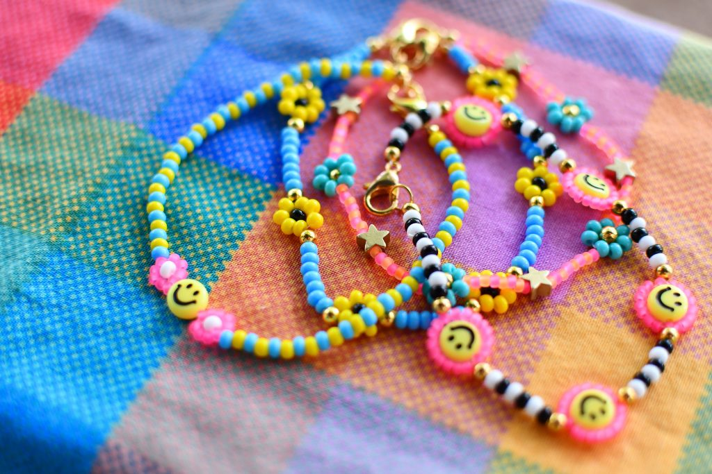 Daisy Chain Jewelry Lifestyle 20