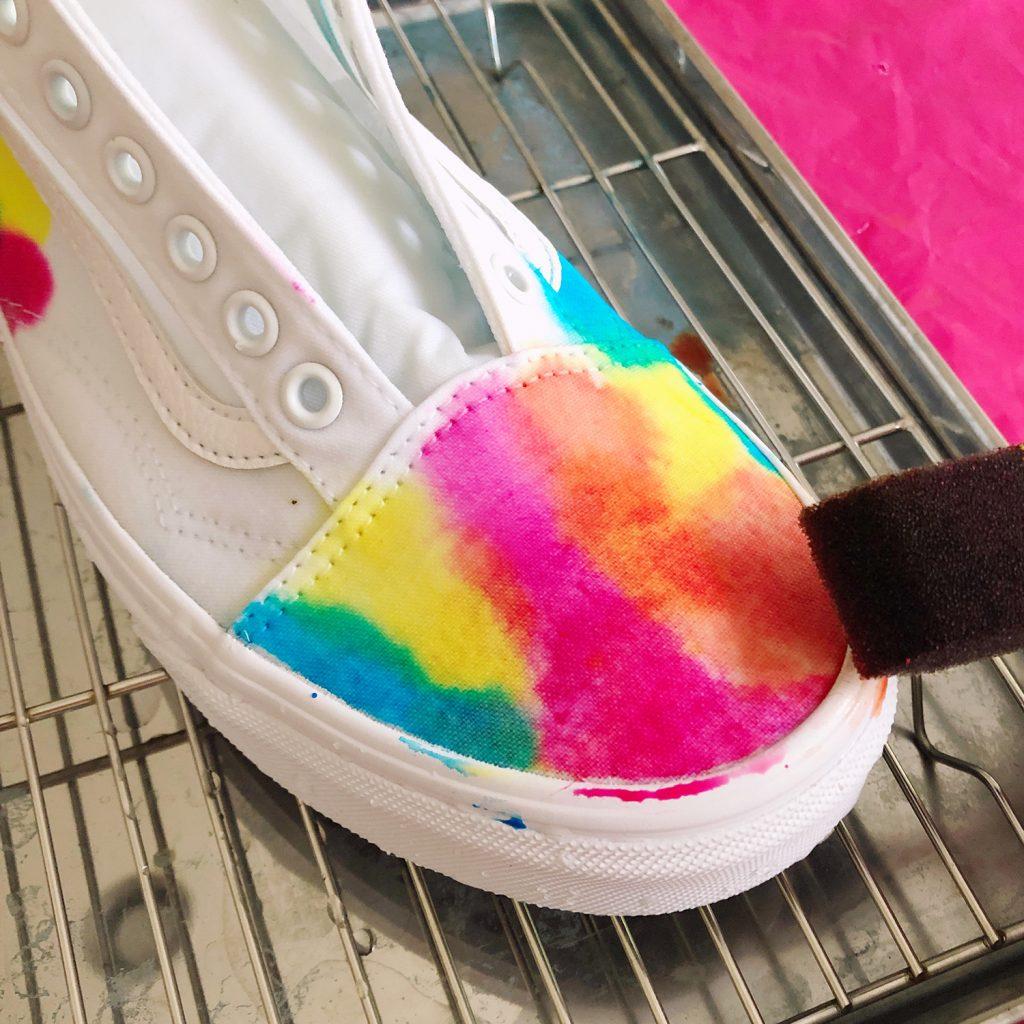 Tie Dye Sneakers - Sponge Brush