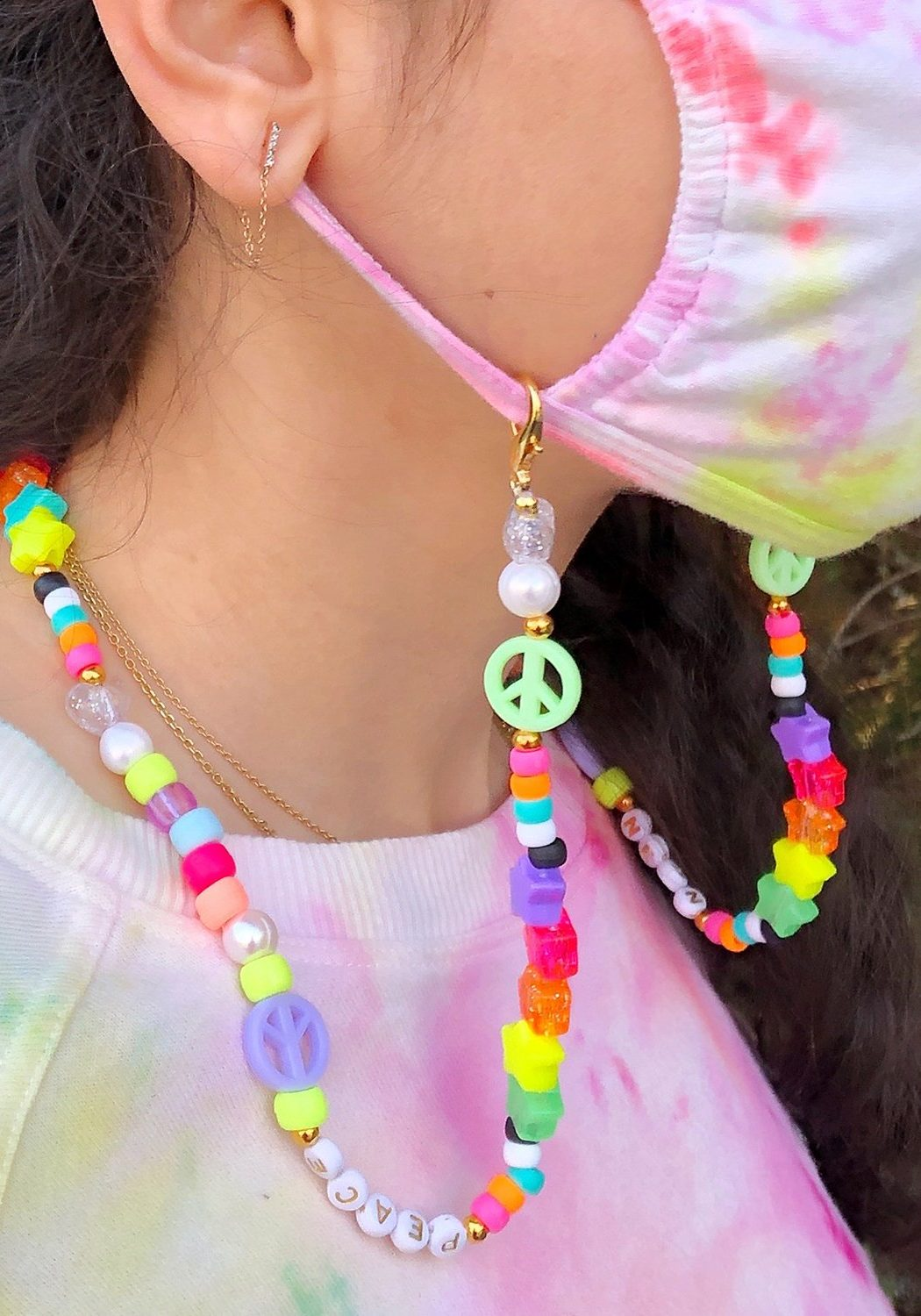 DIY Beaded Mask Chain Tutorial - The Neon Tea Party