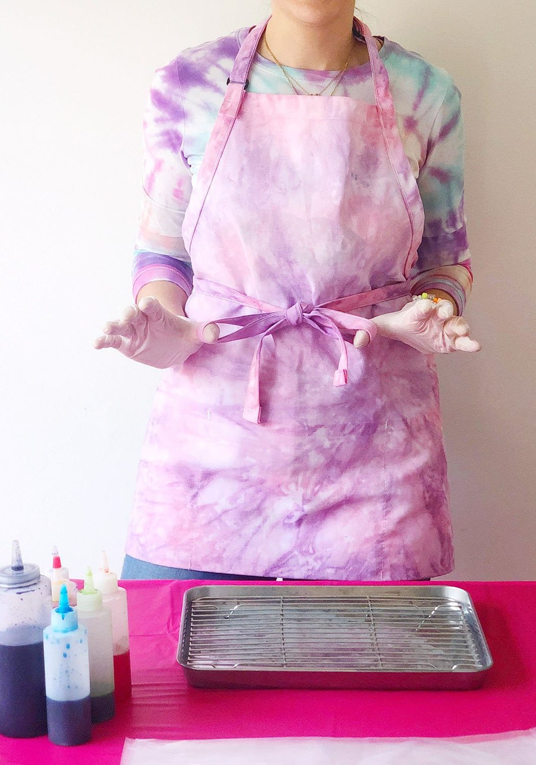 How to Tie Dye Indoors - The Neon Tea Party