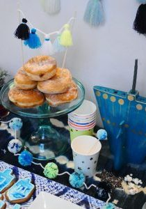 The_Neon_Tea_Party_Pom-ukkah_Hanukkah_Party_2