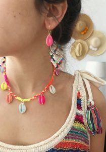 the neon tea party DIY colored cowrie shell jewelry